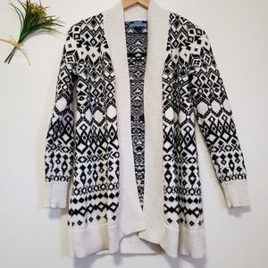 OLD NAVY Maternity black & white thick cardigan